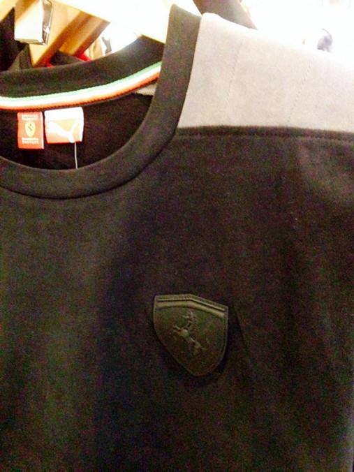 プーマとフェラーリのコラボシャツ1
