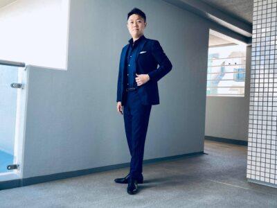 スマートカジュアル スーツスタイルの参考例
